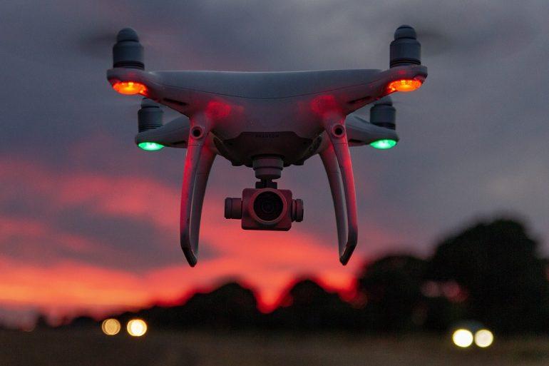 drone-3590739_1280